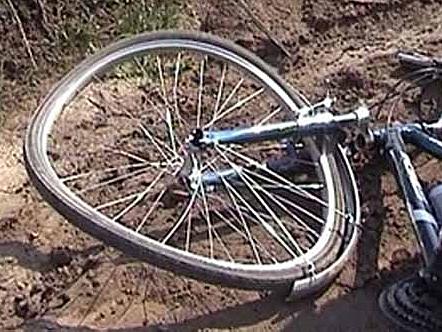 ВАнастасино вСмоленскм районе под колесами иномарки умер 10-летний велисипедист