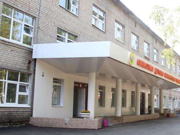 ВСмоленске получившая отказ врачей девочка скончалась отперитонита